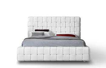 Claudia-Bed