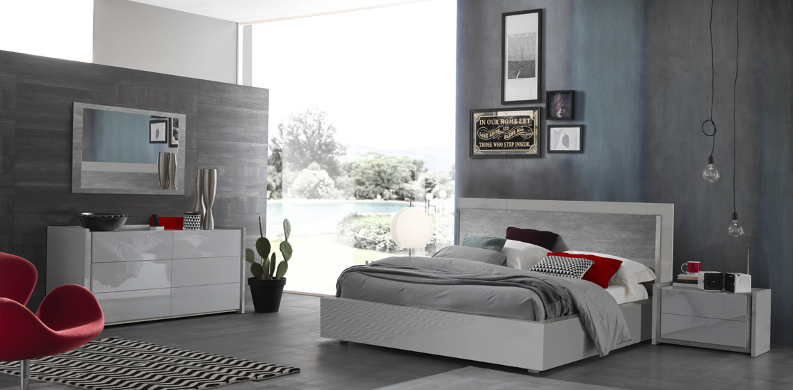 Ana Grey Lacquer Bed
