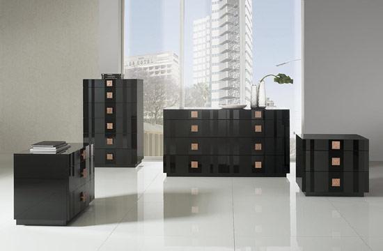 Black Lacquer Dresser