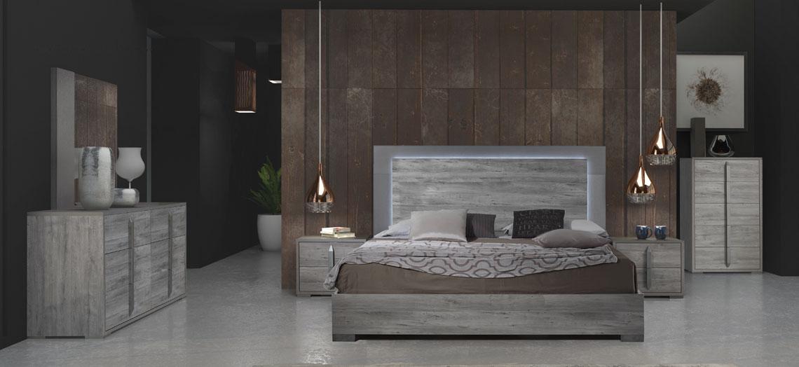 Evelyn Modern Gray Wood Italian Bedroom Set